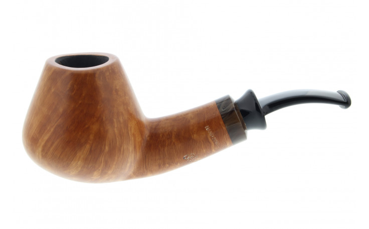 Hand made Peder Jeppesen pipe 45