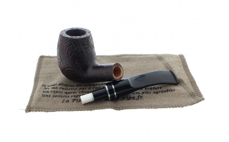 Vauen Basic 2 pipe (sandblasted)