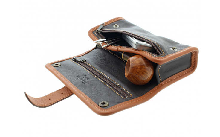 Single pipe case by Claudio Albieri (beige and brown)