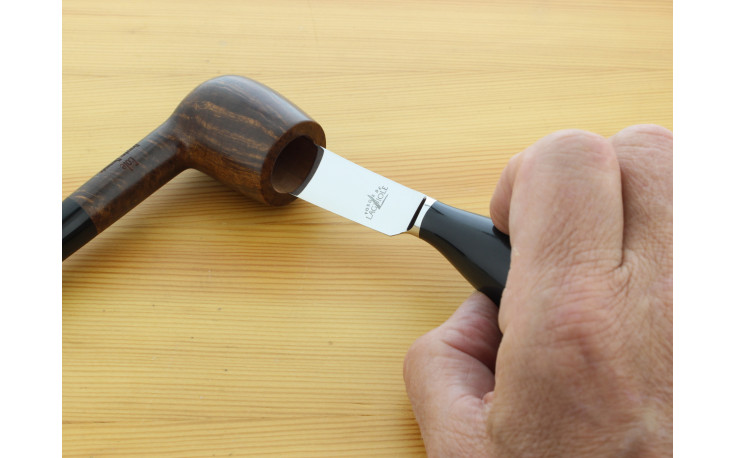 Laguiole pipe reamer (horn)