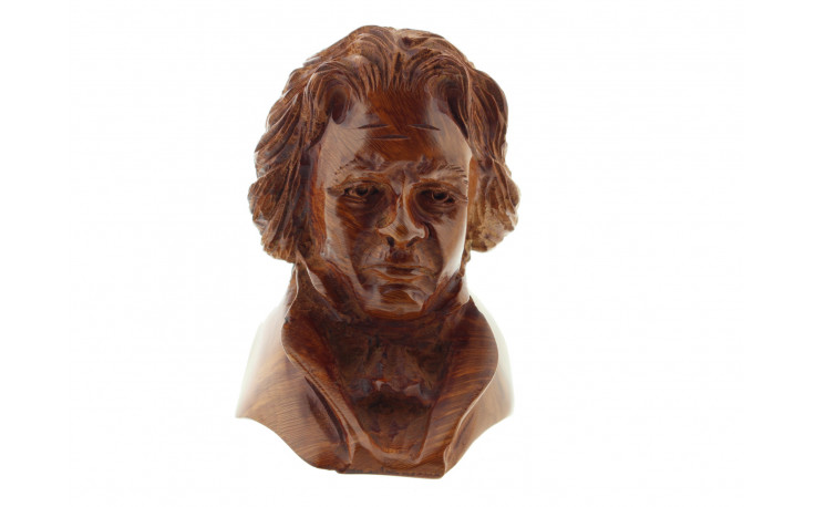 Beethoven sculpted pipe