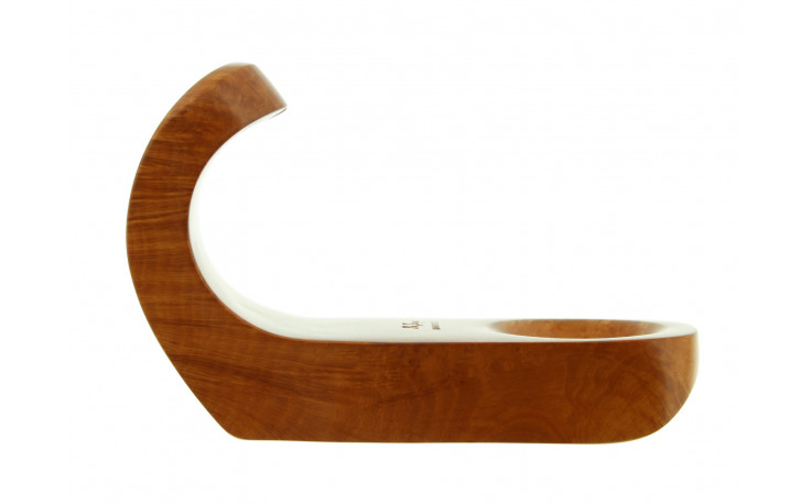 Pipe stand by Ser Jacopo (1)