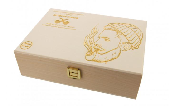Young pipe smoker box