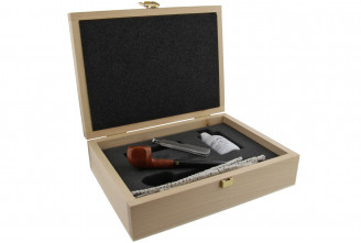 Young pipe smoker box