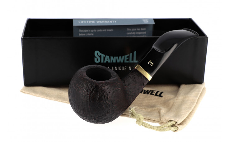 Stanwell De Luxe 15 pipe (sandblasted, 9mm filter)