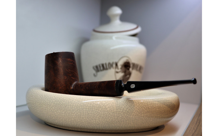Ceramic ashtray for 2 pipes