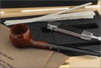 Pipe smoker box