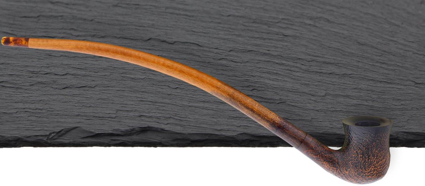 The Shire Sandblasted Balbor Vauen pipe